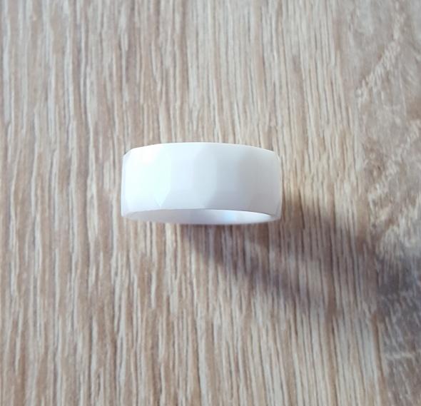 Nowy biały pierścionek ceramiczny obrączka szeroka geometryczna