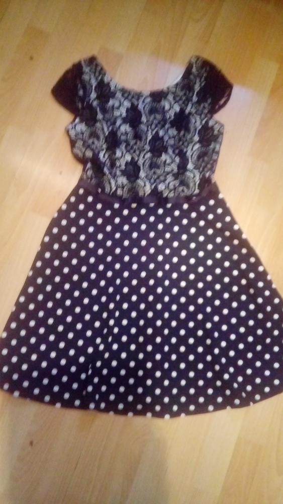 Sukienka S M rozkloszowana 20zl idealna