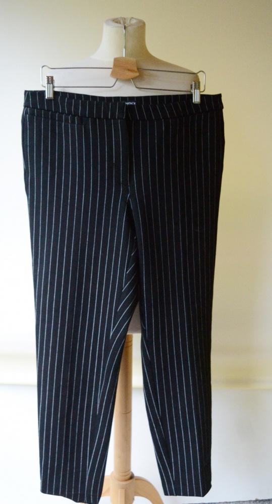 Spodnie 44 XXL Paski Paseczki Wizytowe Lindex Pracy