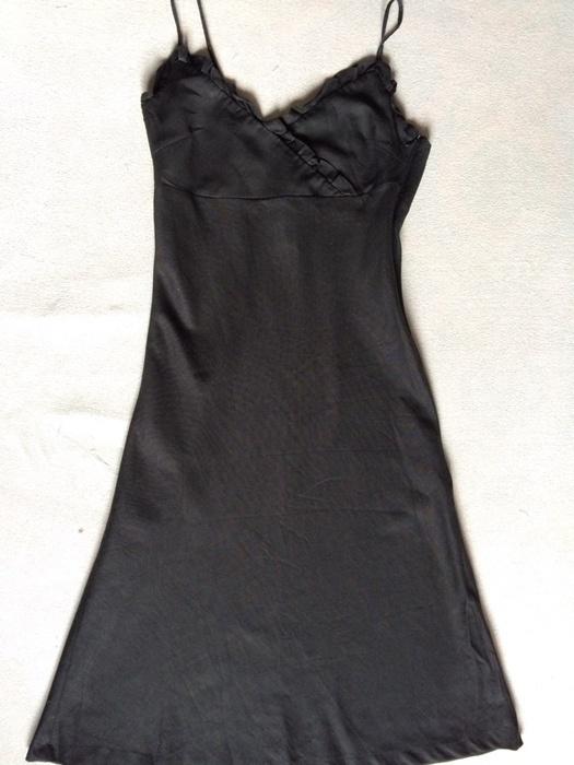 Czarna sukienka A Wear...