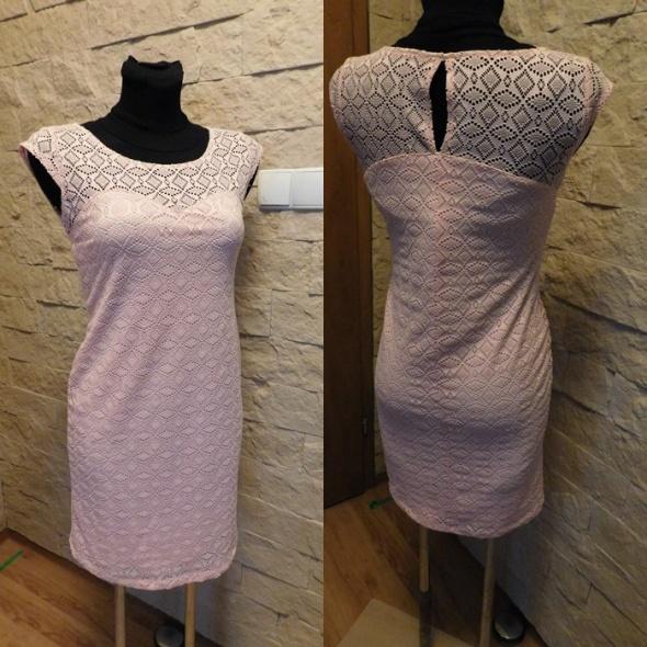 Sukienka koronkowa 40 42 L XL różowa nowa