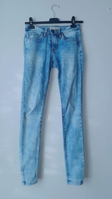 Idealne jasne spodnie rurki xs