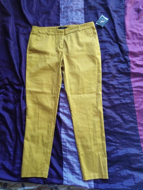 Spodnie Musztardowe spodnie do kostek 38 M