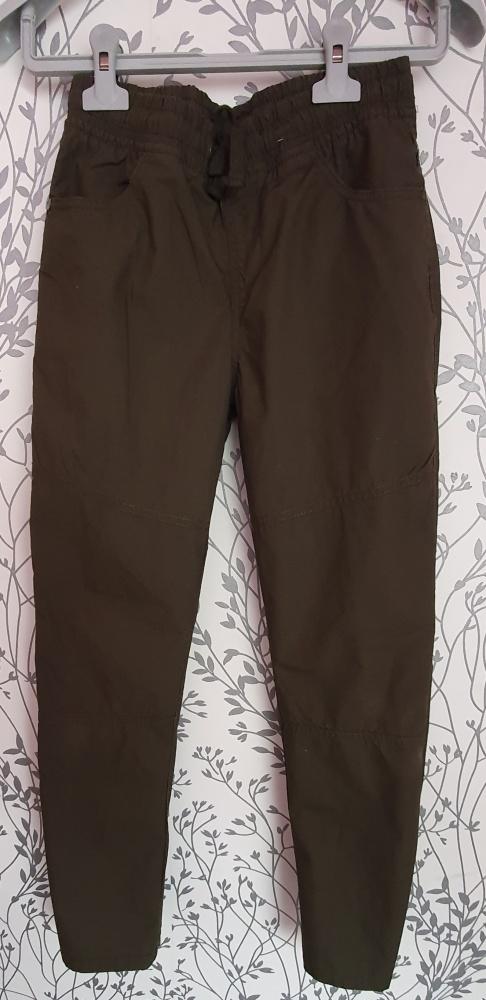 Spodnie chłopięce khaki F&F 140