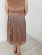 Sukienka marki unisono nowa z metką kolor miodowy zlotobrązowa...
