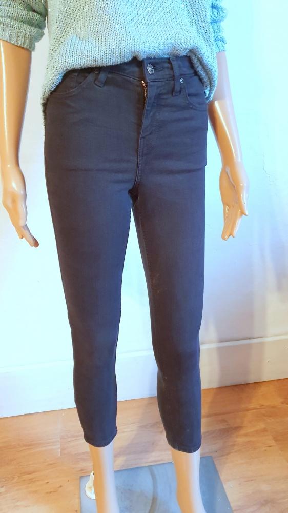 Czarne spodnie rurki r około XS