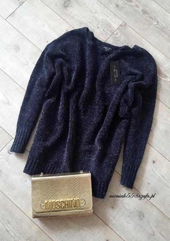 Welurowy sweter oversize welur glitter