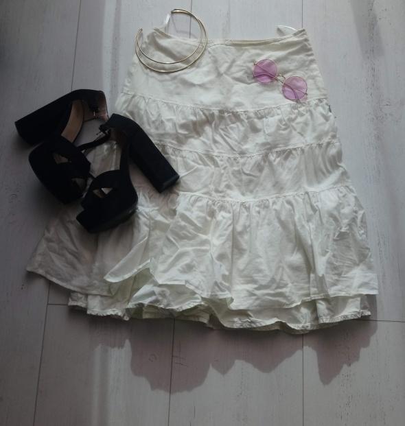 Kremowa spódnica Esprit...