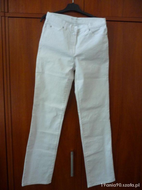 Białe spodnie Gerry Weber