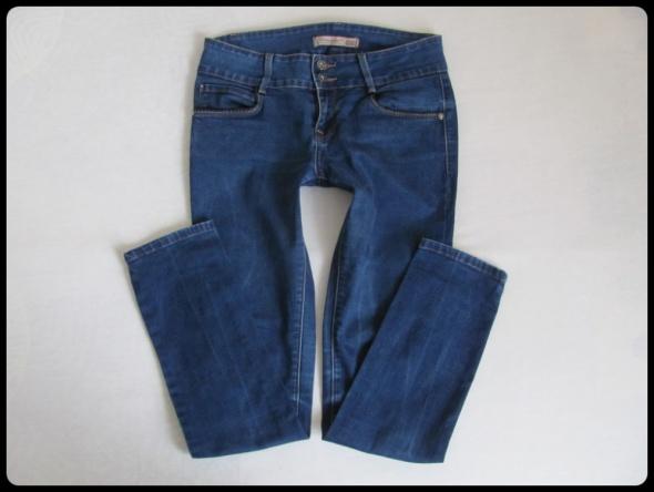 Jeansy damskie 38 spodnie rurki w idealnym stanie rozmiar 29