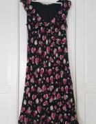 Czarna sukienka Marks&Spencer kwiaty falbana nietypowa...