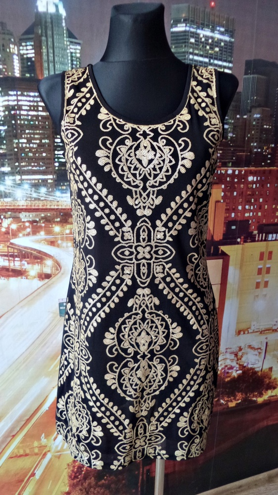 sukienka cekiny wyszczuplający wzór 38 m