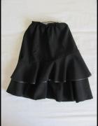 Czarna spódnica z falbanami dla dziewczynki 146...