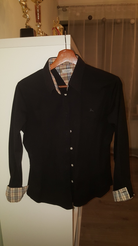 czarna koszula burberry