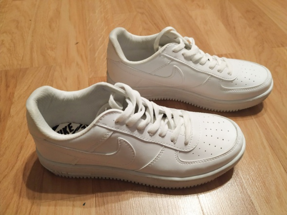 NIKE białe sneakersy 41