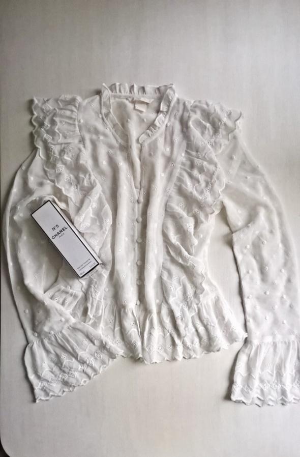 Śliczna biała wyszywana bluzka XS S...