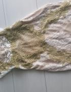 Sukienka koronkowa złote hafty złoto biel piękna