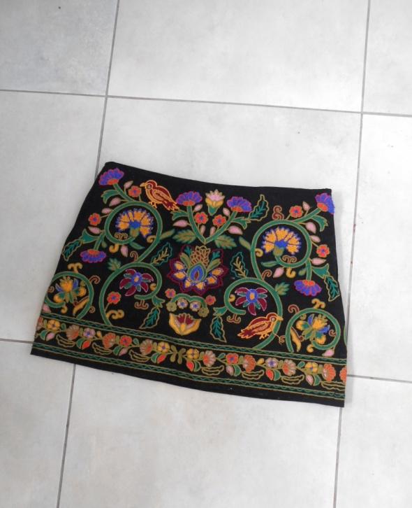 Spódnice Zara nowa spódniczka haftowana zdobiona hafty