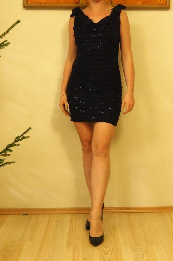 Sukienka krótka mini granat sylwester