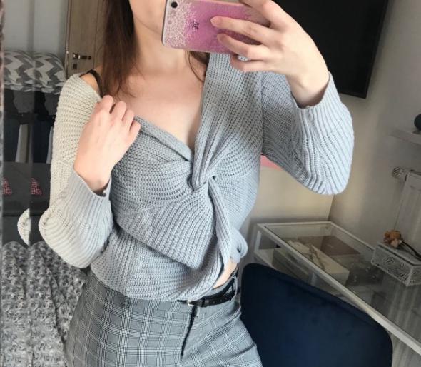 Szary sweter przeplatany gruby oversize S