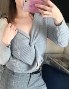 Szary sweter przeplatany gruby oversize S...