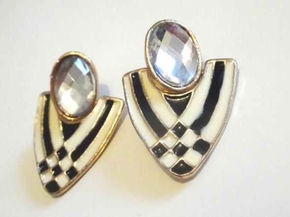 kolczyki wiszące kryształy białe czarne trójkąty