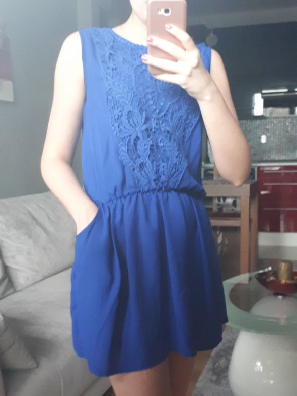 Kobaltowa sukienka koronka kieszenie XS 34