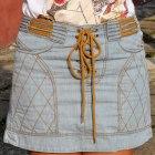 jeansowa spódnica z wiązaniem