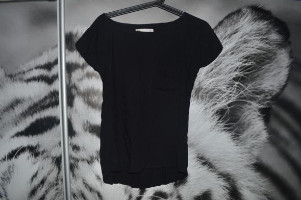 Czarna bluzeczka House kieszonka S...