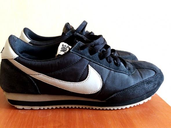 Nike WMNS Oceania Black White