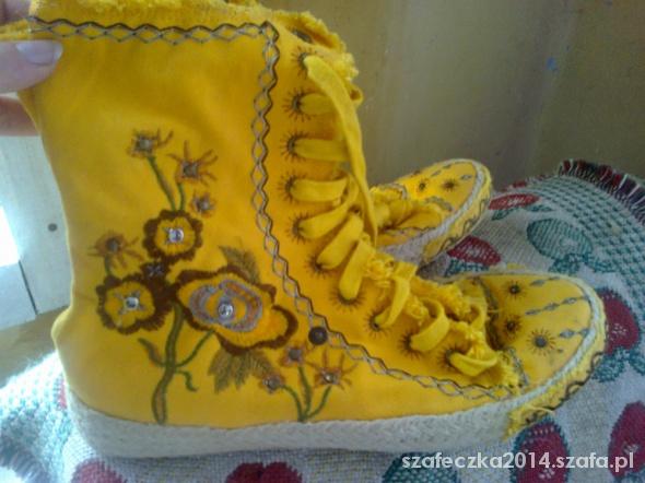 nietuzinkowe buty