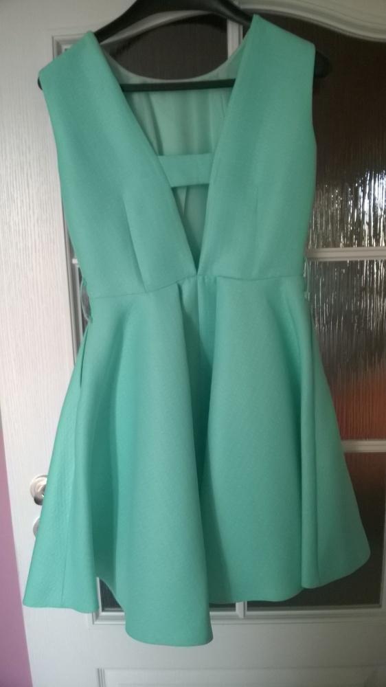 Sukienka miętowa na wesele studniowke