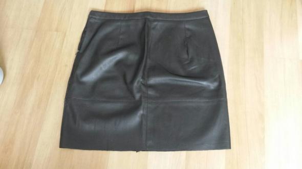 Spódnice Spódnica z ekoskóry rozmiar M