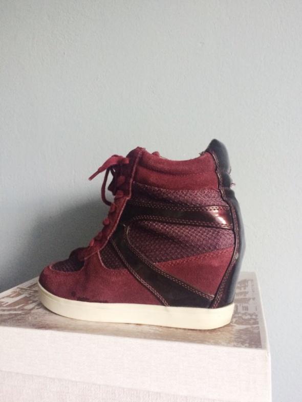 Bordowe skórzane koturny buty sneakersy Steve Madden 38 39