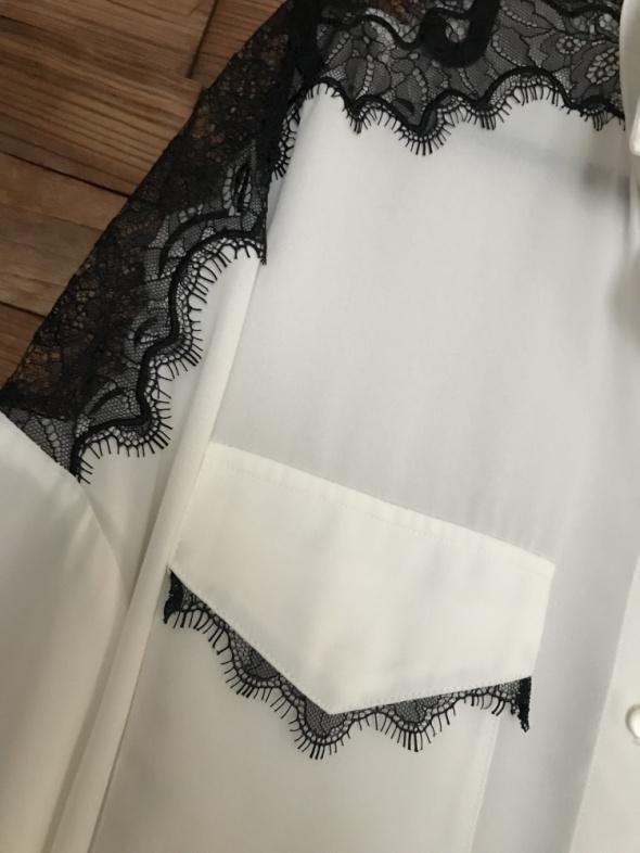 Koszule Biała z koronka