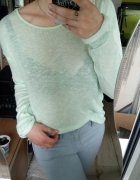 Miętowy sweterek...