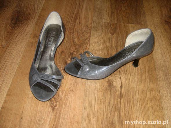 Sandały szare TANIO