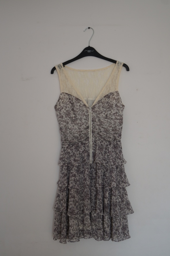 Sukienka w kwiaty Orsay falbany koronka rozmiar S...