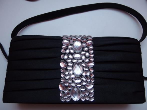 Czarna torebka elegancka kopertówka Marconi kryszt