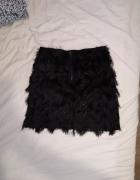 Czarna spódniczka...