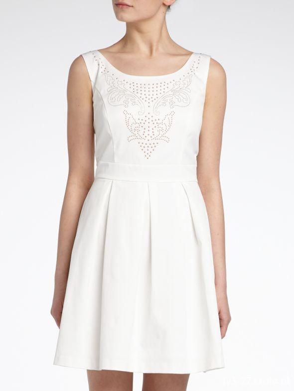 Sukienka Księżniczki Reserved Piękna Rozkloszowana