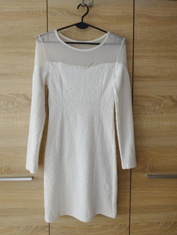 biała sukienka z długim rękawem siatka koronka 34 XS...