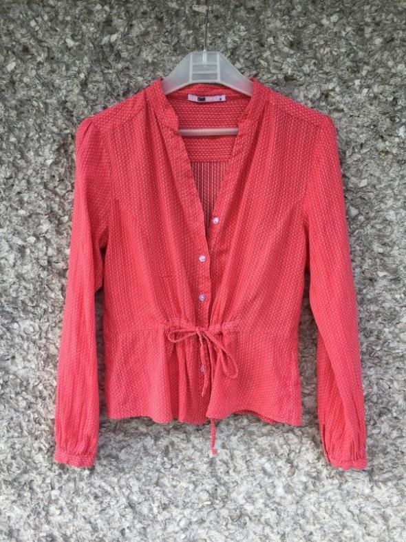czerwona bluzka kropki bluzka w kropki