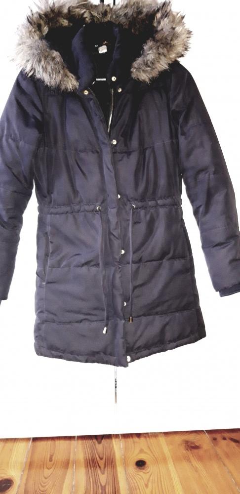 Zimowa kurtka płaszcz H&M...