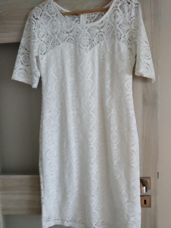 Suknie i sukienki sukienka koronkowa xl nowa