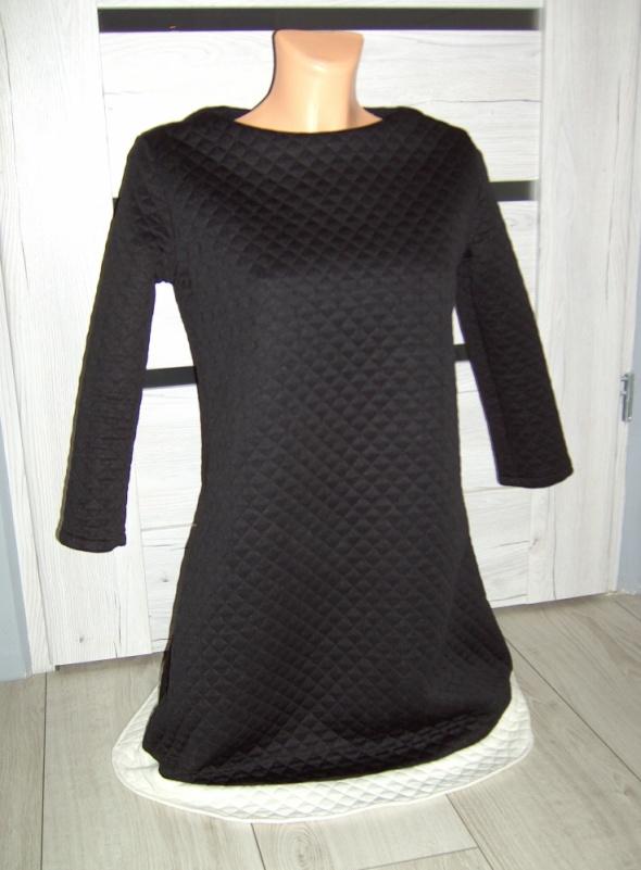 sukienka pikowana czarna długa M