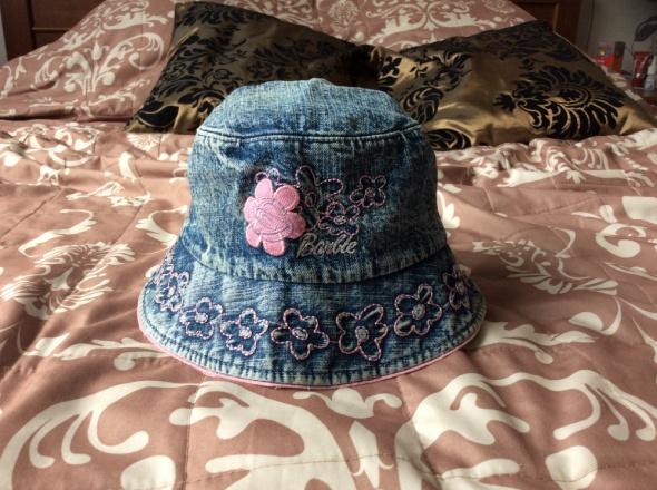 Jeansowy kapelusik Barbie...