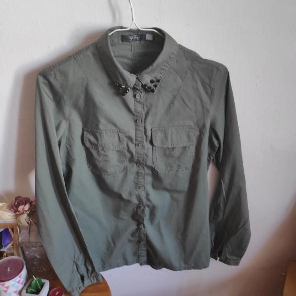 Koszula khaki ze zdobieniem