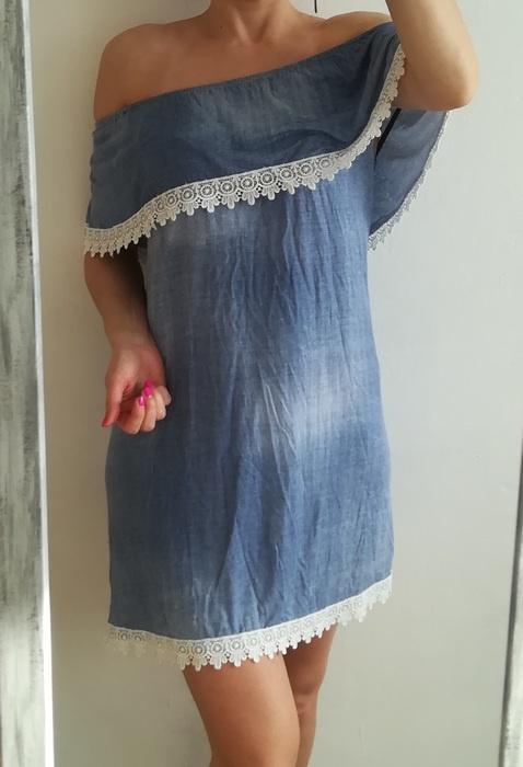 Niebieska sukienka off shoulders koronka M