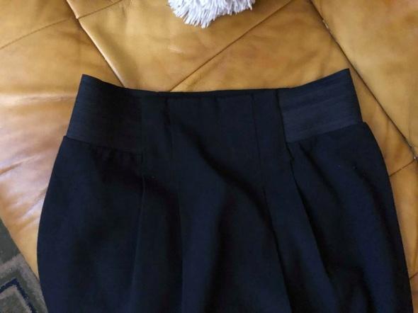 Czarna spódnica elegancka M L